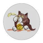 Bola fascinadora del hilado y del gatito
