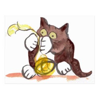 Bola fascinadora del hilado y del gatito postales
