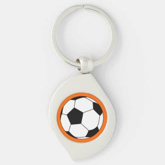Bola negra/blanca del fútbol del fútbol en el llavero plateado en forma de espiral