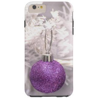 Bola púrpura solitaria del navidad funda de iPhone 6 plus tough