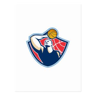 Bola que rebota del jugador de básquet retra postales
