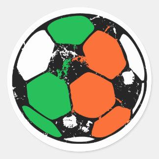 Bola verde y roja pegatinas redondas