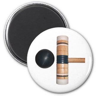 Bola y mazo de croquet imán