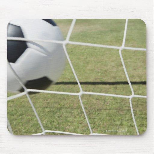 Bola y meta de fútbol alfombrilla de ratones