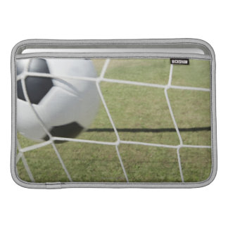 Bola y meta de fútbol fundas para macbook air