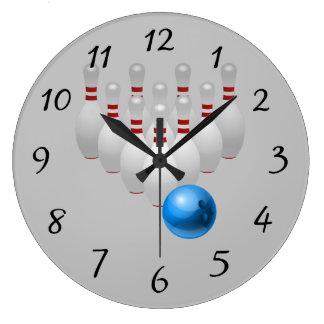 Bola y pernos de bolos animada reloj redondo grande