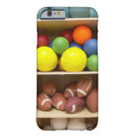Bolas almacenadas en gabinete funda de iPhone 6 barely there