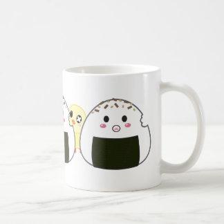 """Bolas de arroz de Kawaii """"Onigiri"""" Taza Clásica"""