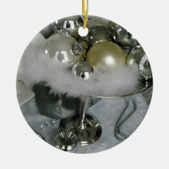 Bolas de cristal elegantes en un pedestal de plata adorno navideño redondo de cerámica