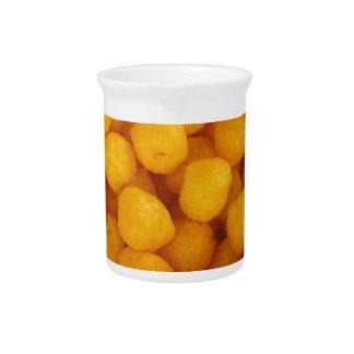 Bolas del queso jarras para bebida