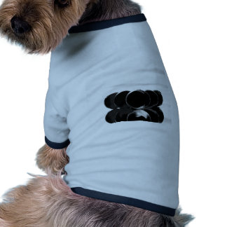 Bolas negras camisa de perro