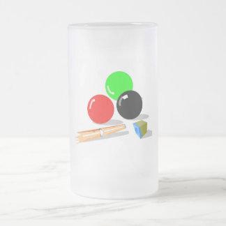 Bolas y palillo de piscina taza de cristal