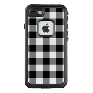 Bold Black and White Buffalo Plaid LifeProof® FRĒ® iPhone 7 Case