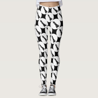 Bold Black and White | Chess Pieces Game Players Leggings