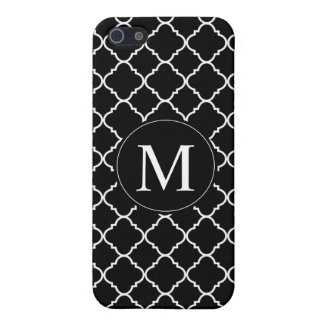 bold black and white quatrefoil iPhone SE/5/5s cover