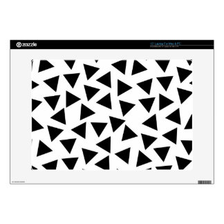 "Bold Black and White Triangle Print 15"" Laptop Skins"