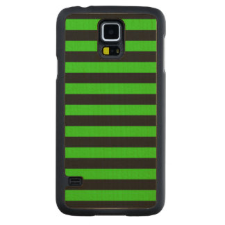 Bold Green and Black Stripes Pattern Carved Maple Galaxy S5 Slim Case