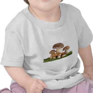 Boletus Edulis mushrooms Tshirts