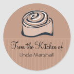 Bollo de canela de la cocina de la hornada etiquetas redondas