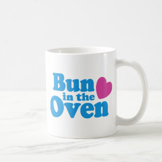 Bollo en el horno taza de café
