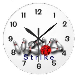 Bolos rojos de la bola de la huelga reloj redondo grande