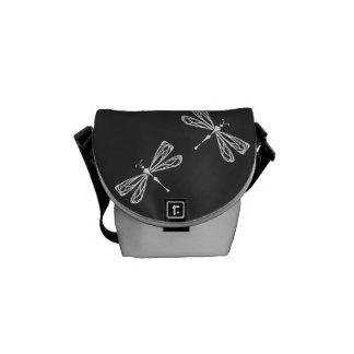 Bolsa de mensajero negra de la libélula la mini bolsa de mensajería