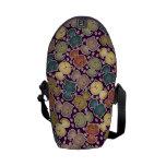 Bolsa de mensajero púrpura de Kats del gatito la m Bolsa De Mensajeria