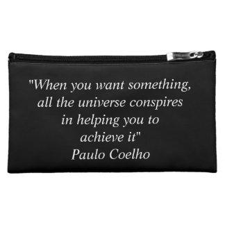 Bolso accesorio del viaje con la cita de Paulo