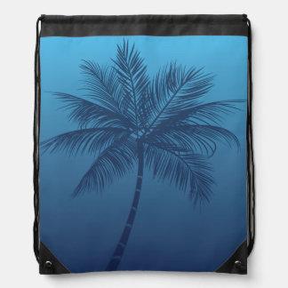 Bolso azul de la cincha de la palmera de la playa  mochilas