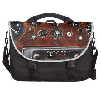 Bolso con el tablero de instrumentos de los bolsas de portatil