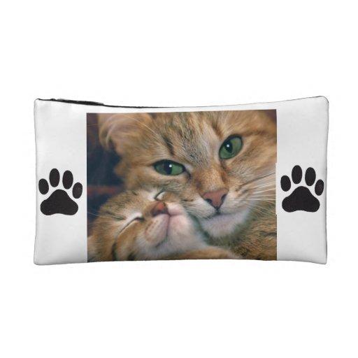 Bolso cosmético con los gatos y las impresiones de