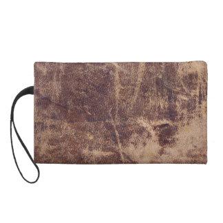 Bolso de cuero marcado con una cicatriz vintage de