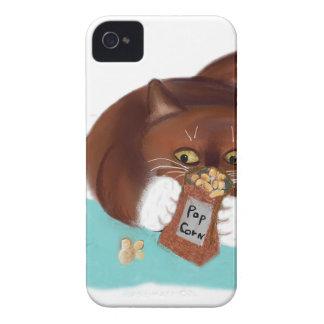 Bolso de las palomitas para el ratón y el gatito iPhone 4 Case-Mate coberturas