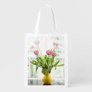 Bolso de ultramarinos rosado de los tulipanes bolsas para la compra