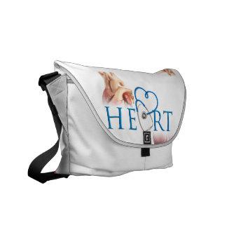 Bolso del corazón doc. bolsas de mensajeria