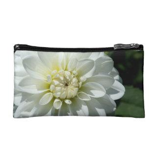 Bolso del cosmético de la flor blanca