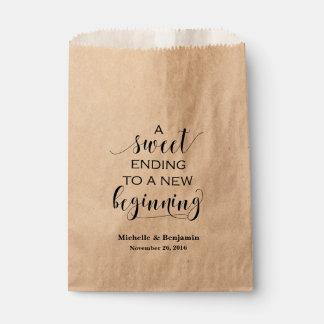 Bolso del favor del boda - conclusión dulce al bolsa de papel