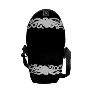 Bolso negro del pulpo bolsa de mensajeria