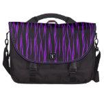 Bolso púrpura y negro del ordenador portátil del m bolsa de ordenador