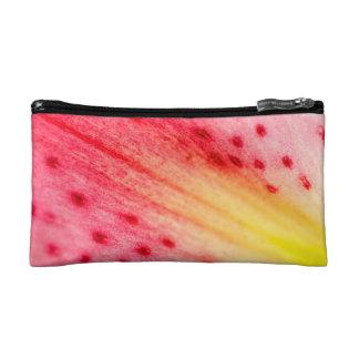 Bolso rosado macro abstracto del cosmético de la