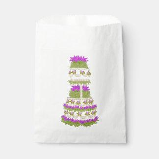 Bolsos con gradas florales púrpuras del favor del