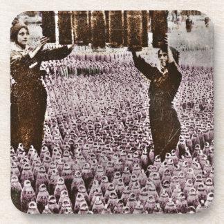 Bomb Factory británico de las mujeres WWI Posavasos De Bebidas