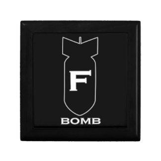 Bomba de F