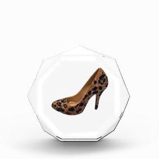 Bomba del zapato del tacón alto del estampado leop