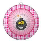 Bomba linda del dibujo animado tablero dardos