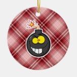Bomba roja del dibujo animado de la tela escocesa adorno