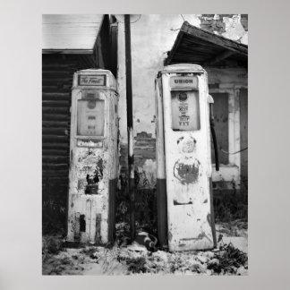 Bombas de gas viejas posters