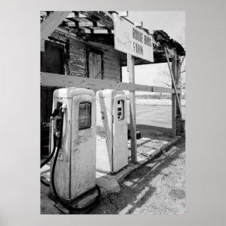 Bombas de gas viejas póster