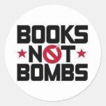 bombas de los libros no etiquetas redondas
