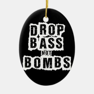 Bombas del bajo del descenso no adorno navideño ovalado de cerámica